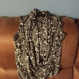 Talbots sleeveless blouse. Black and White pattern